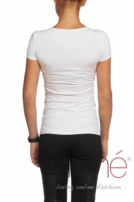 White t-shirt with crystal heart