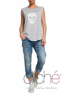 Grey top with skull print