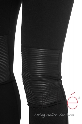 Leggings with leather elements
