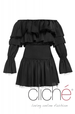 Blouse with bare shoulders and skirt in black