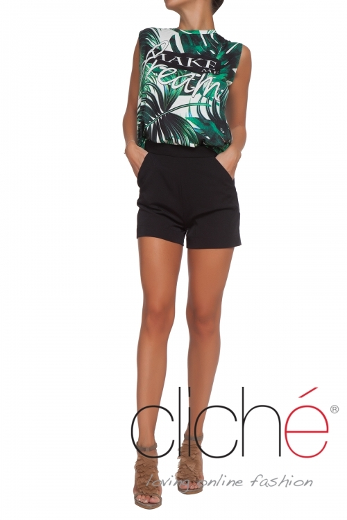 Shorts with high waist in black