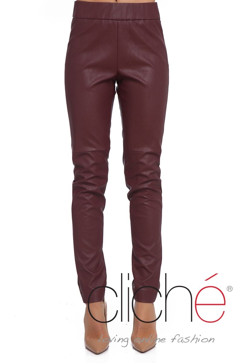 Leather skinny trousers in burgundy