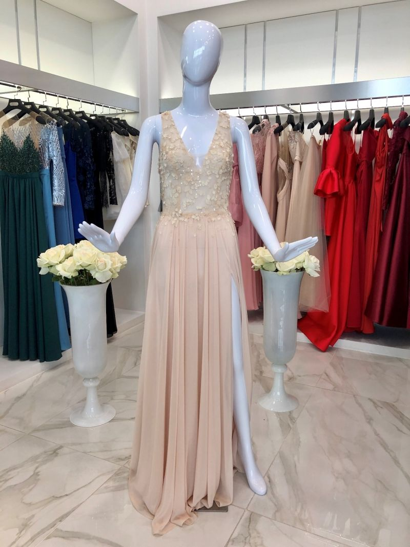 Evening gown with flower applique