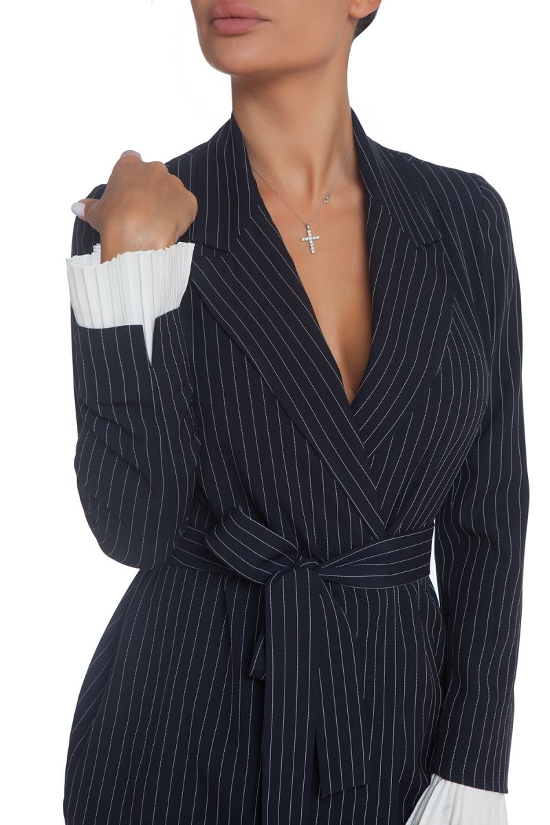 Dark blue blazer with stripes