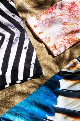 "Beach towel ""Feathers"""