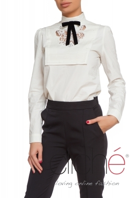 White shirt with black velvet ribbon