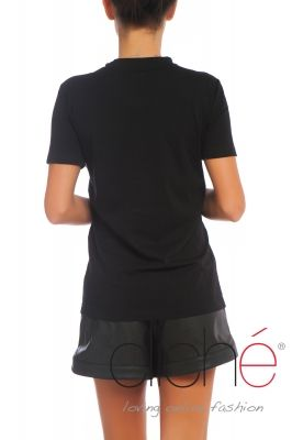 Black t-shirt with gray applique