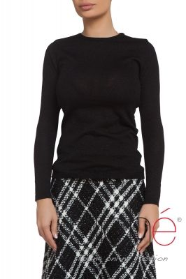 Black long sleeve knitte dsweater