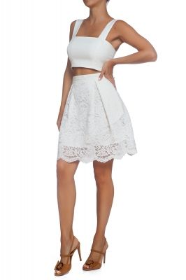 Pleated lace skirt in white